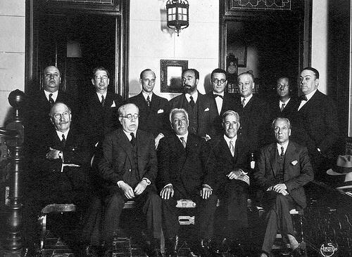 LOSGRANDES PROYECTOS SOCIALES DE LA II REPÚBLICA ESPAÑOLA, gobierno-ii-republica-14-abril-1931
