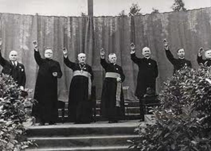 La Iglesia fascista