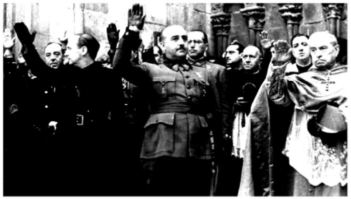 Franco se autolegitimó con el apoyo de la Iglesia.